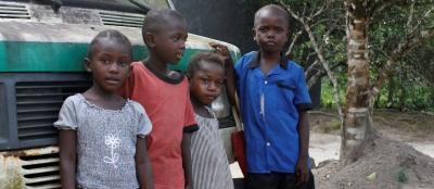 verdige smils arbeid innen utdanning i sierra leone går bl.a ut på å bygge barnehage / sfo - sentre